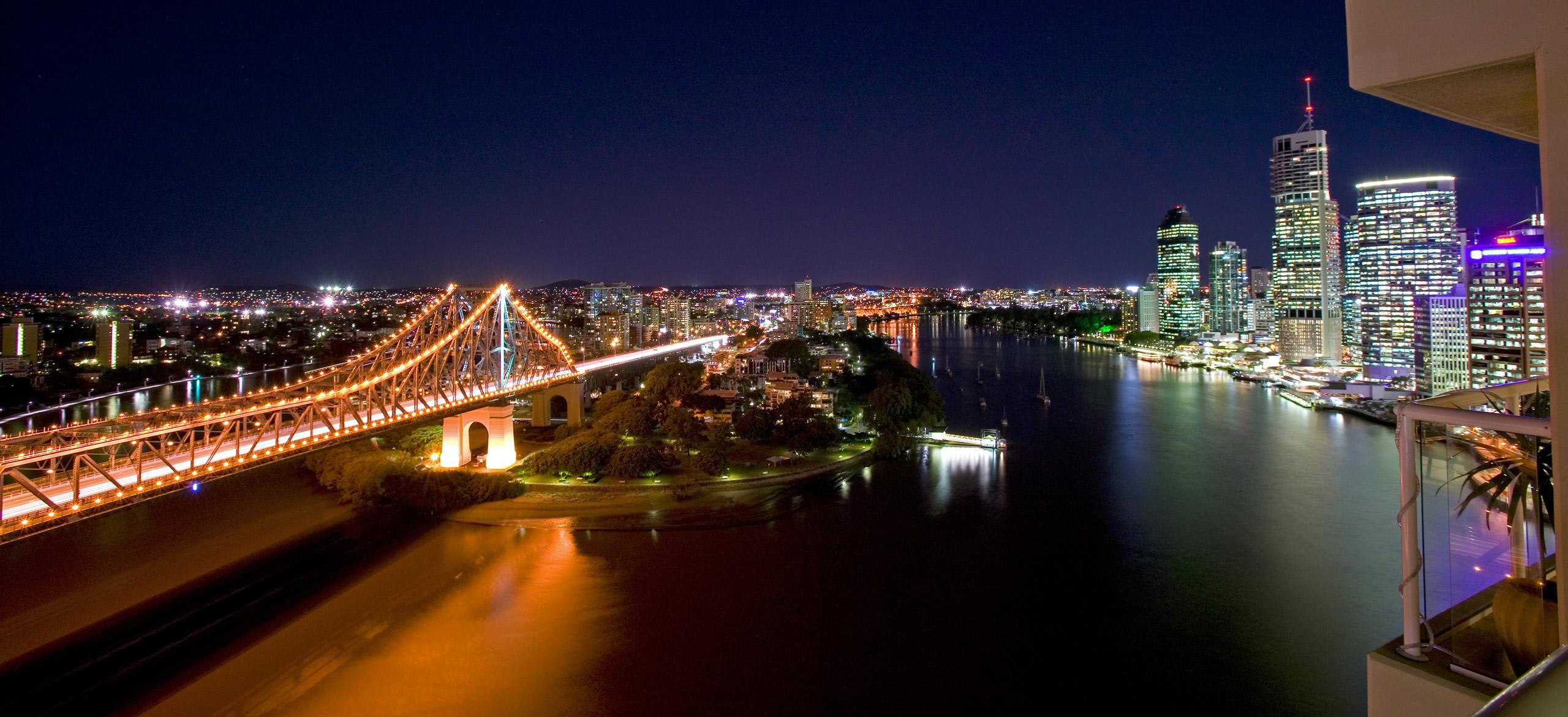 river-place-brisbane-bridge-night